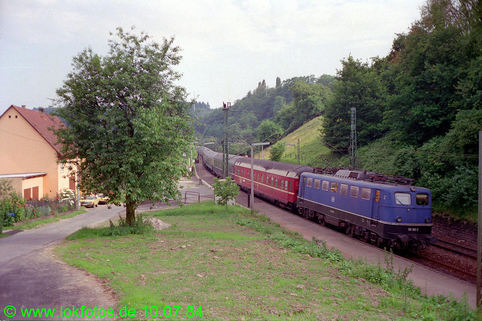 http://www.lokfotos.de/fotos/1984/0710/03598.jpg