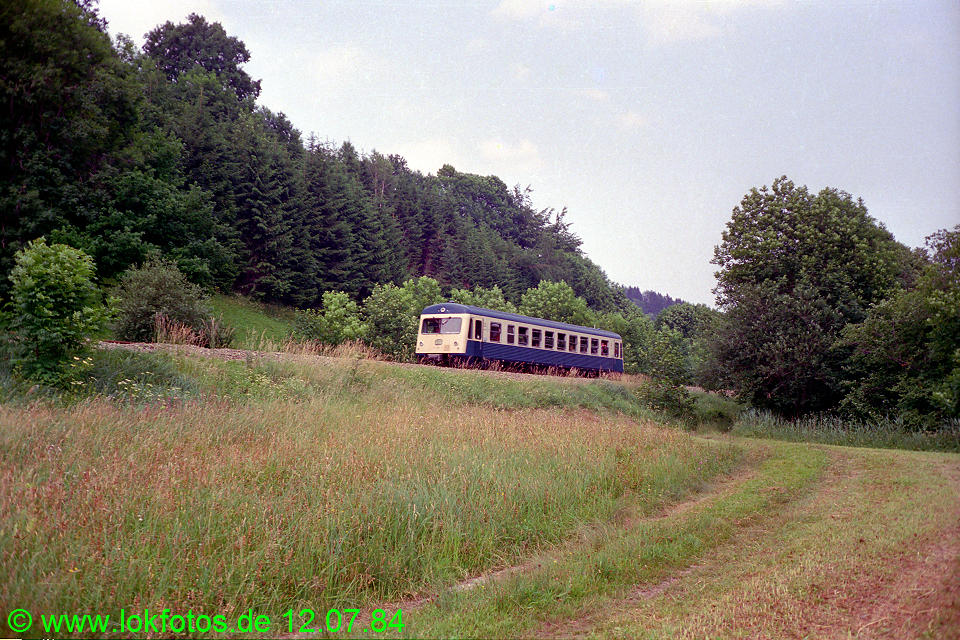 http://www.lokfotos.de/fotos/1984/0712/03643.jpg