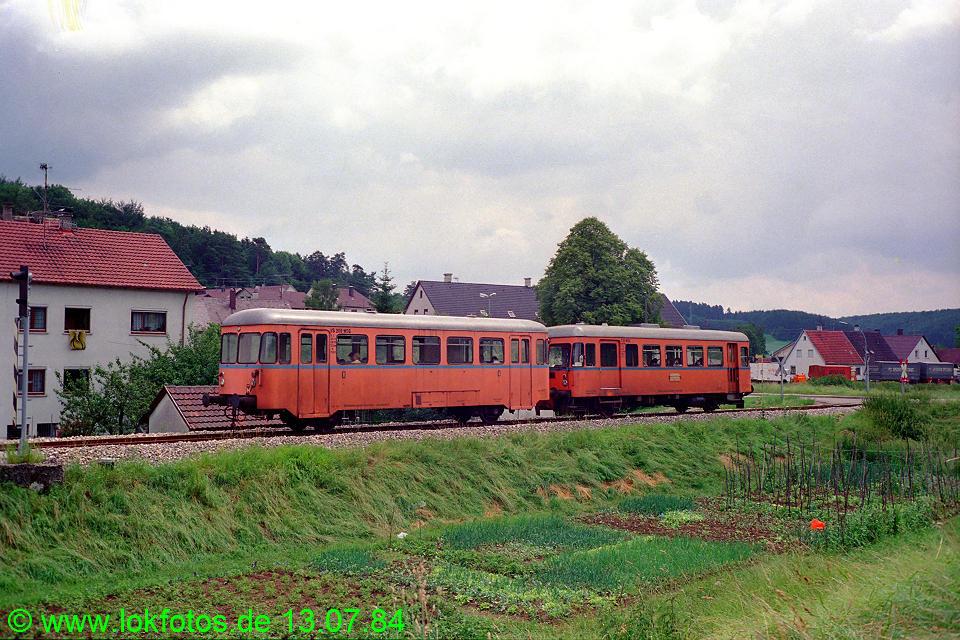 http://www.lokfotos.de/fotos/1984/0713/03650.jpg
