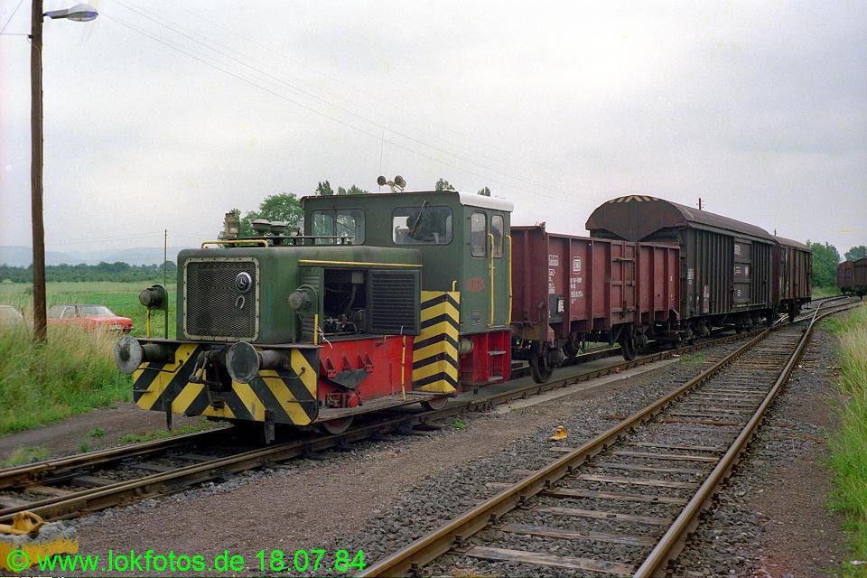 http://www.lokfotos.de/fotos/1984/0718/03696.jpg