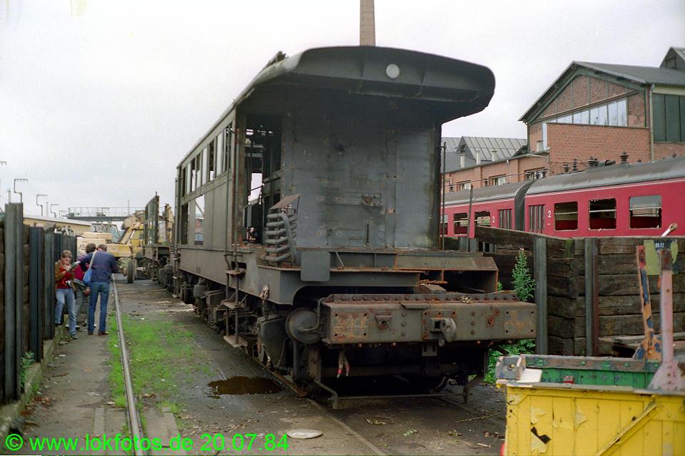 http://www.lokfotos.de/fotos/1984/0720/03741.jpg