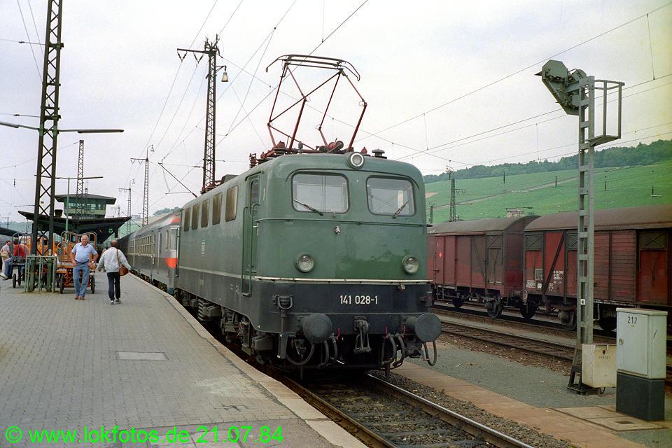 http://www.lokfotos.de/fotos/1984/0721/03795.jpg