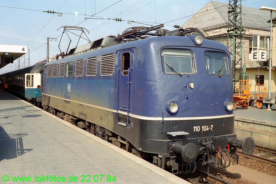 http://www.lokfotos.de/fotos/1984/0722/03834.jpg