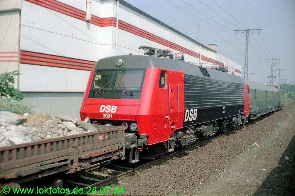 http://www.lokfotos.de/fotos/1984/0724/03860.jpg