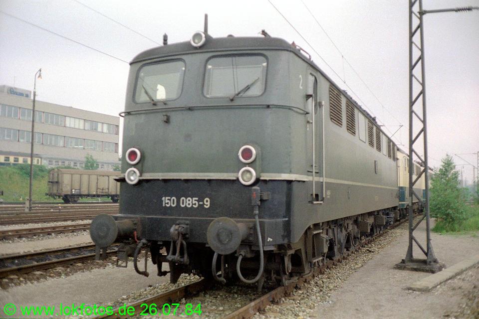 http://www.lokfotos.de/fotos/1984/0726/03937.jpg