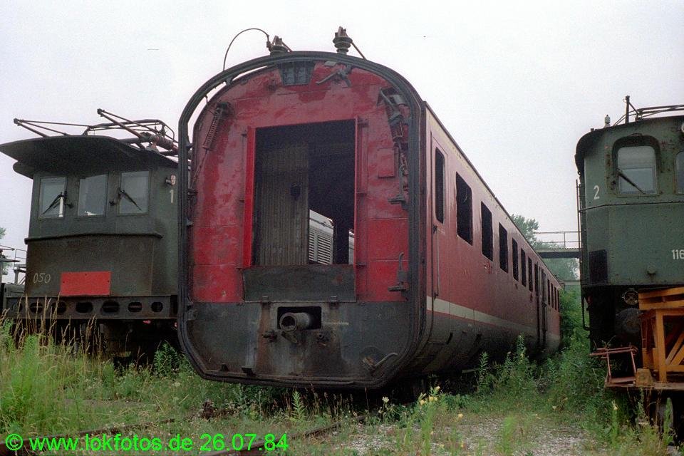 http://www.lokfotos.de/fotos/1984/0726/03971.jpg