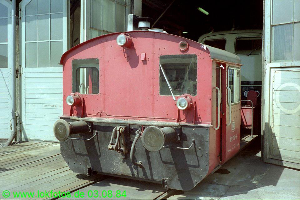 http://www.lokfotos.de/fotos/1984/0803/04224.jpg