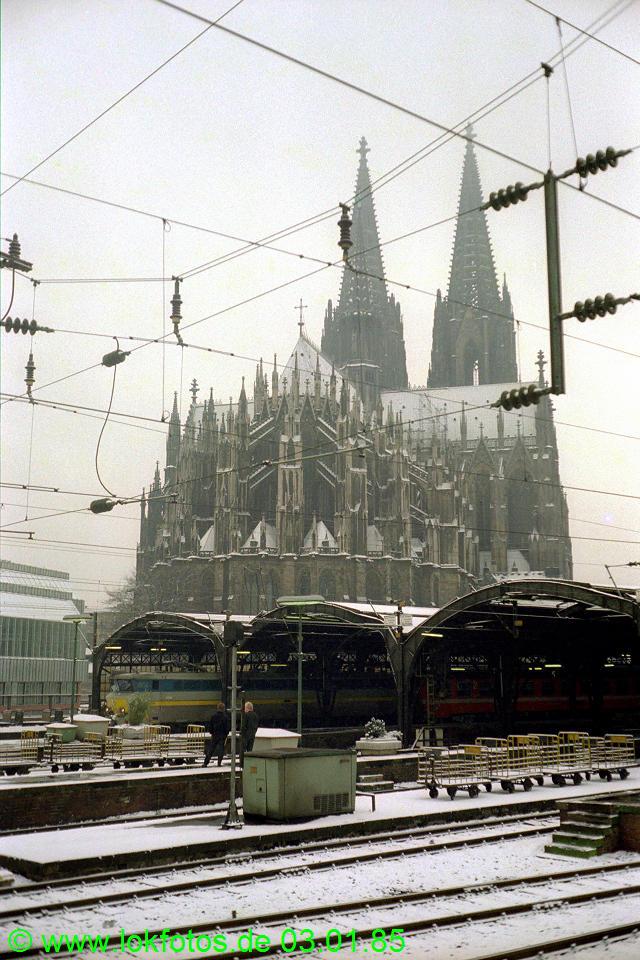 http://www.lokfotos.de/fotos/1985/0103/04397.jpg