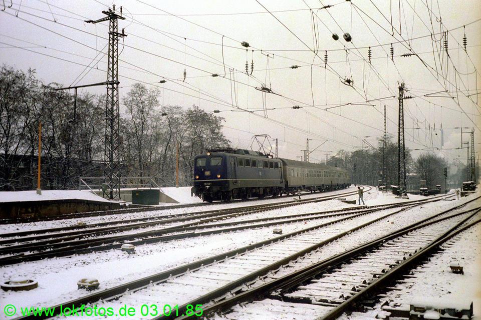 http://www.lokfotos.de/fotos/1985/0103/04404.jpg