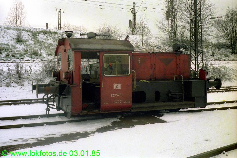 http://www.lokfotos.de/fotos/1985/0103/04408.jpg
