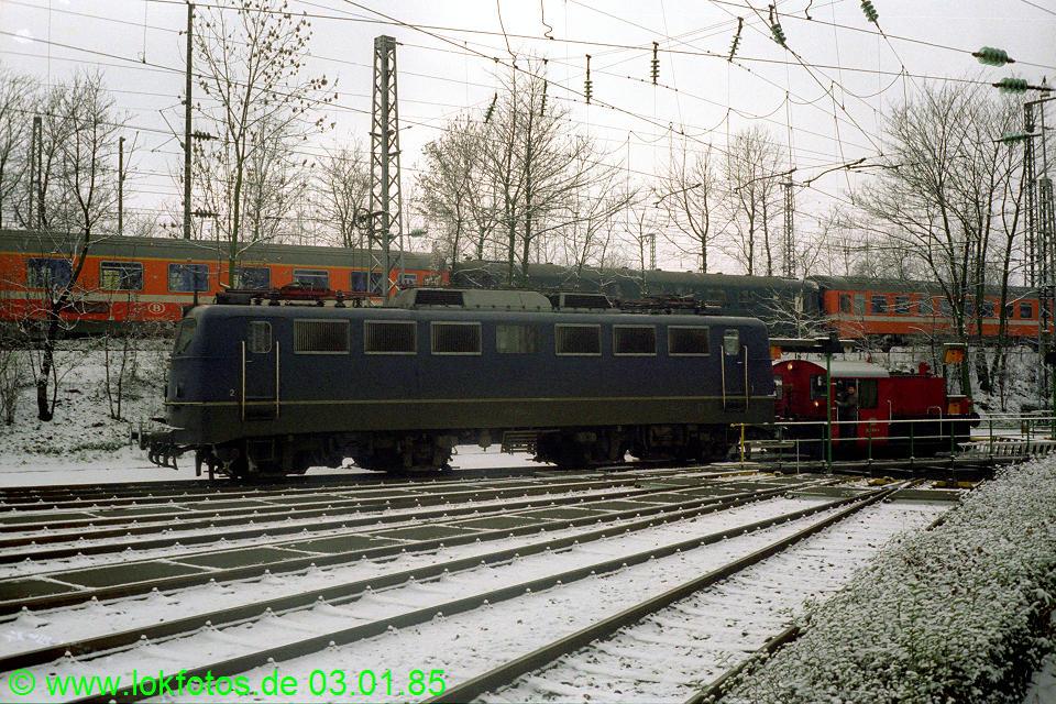 http://www.lokfotos.de/fotos/1985/0103/04409.jpg