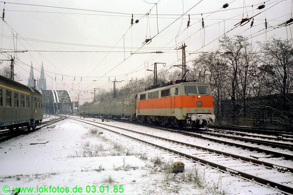 http://www.lokfotos.de/fotos/1985/0103/04410.jpg