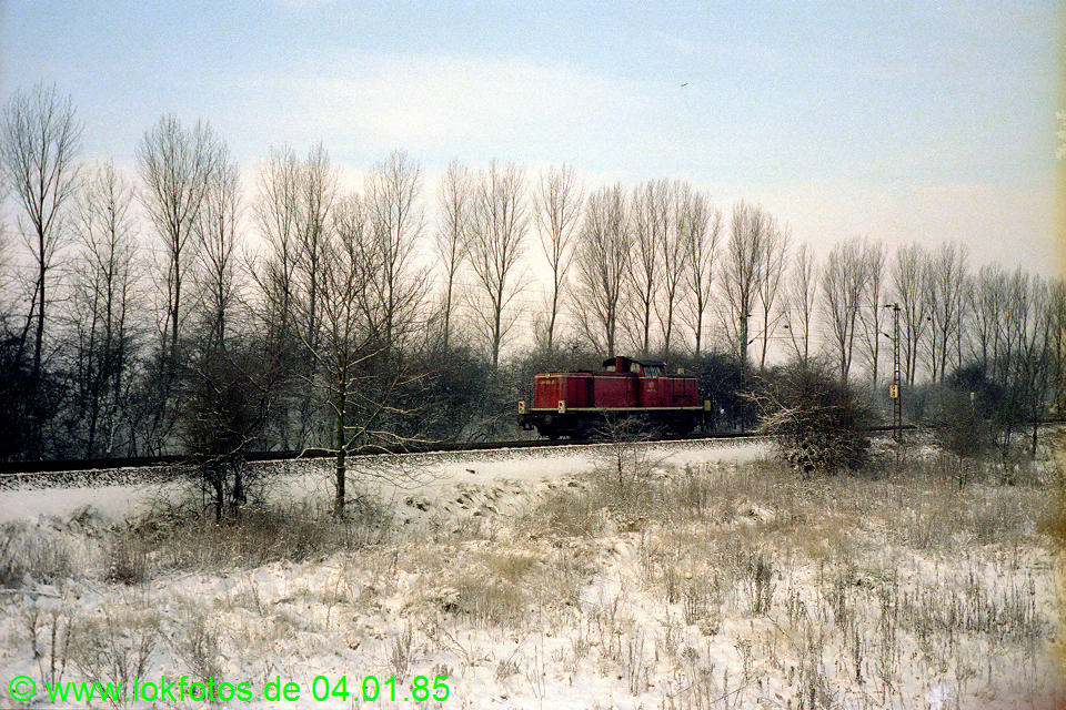 http://www.lokfotos.de/fotos/1985/0104/04413.jpg