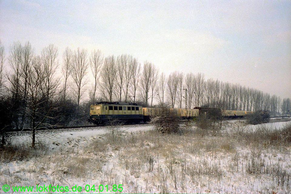http://www.lokfotos.de/fotos/1985/0104/04415.jpg