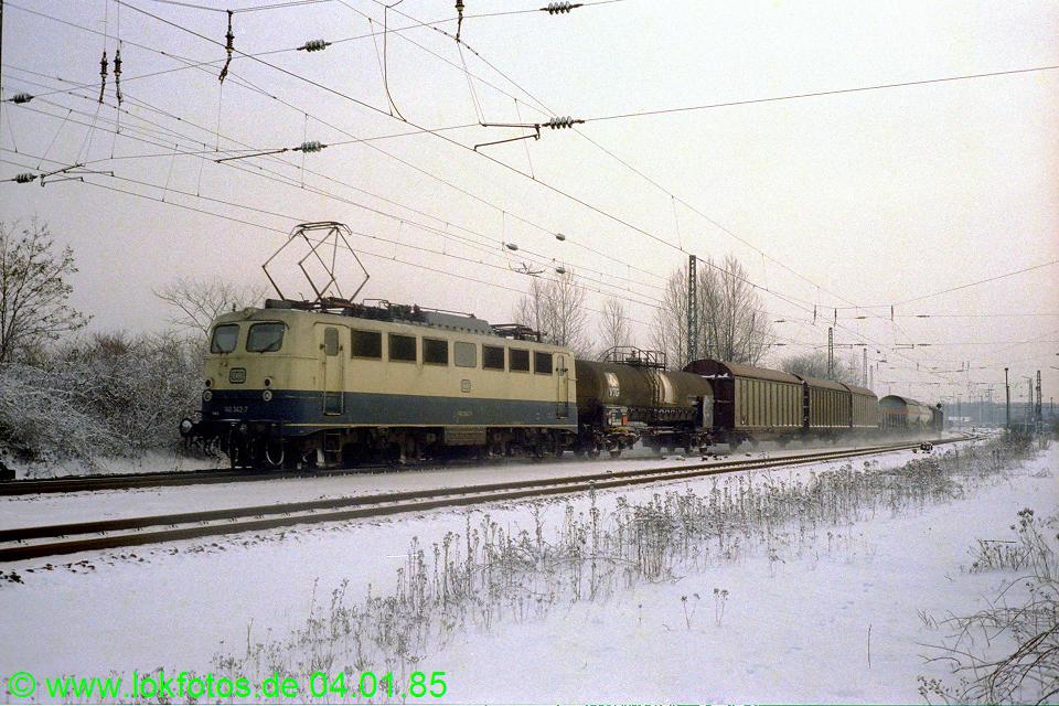 http://www.lokfotos.de/fotos/1985/0104/04423.jpg