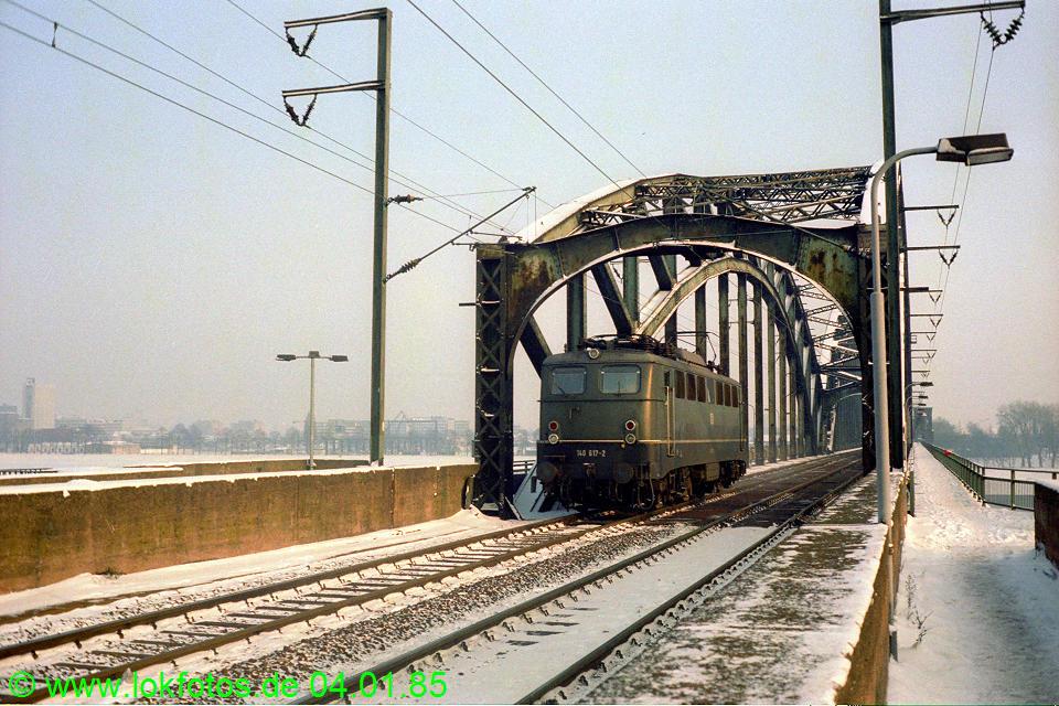 http://www.lokfotos.de/fotos/1985/0104/04424.jpg