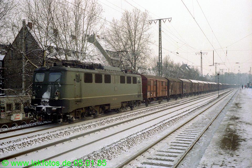 http://www.lokfotos.de/fotos/1985/0105/04427.jpg