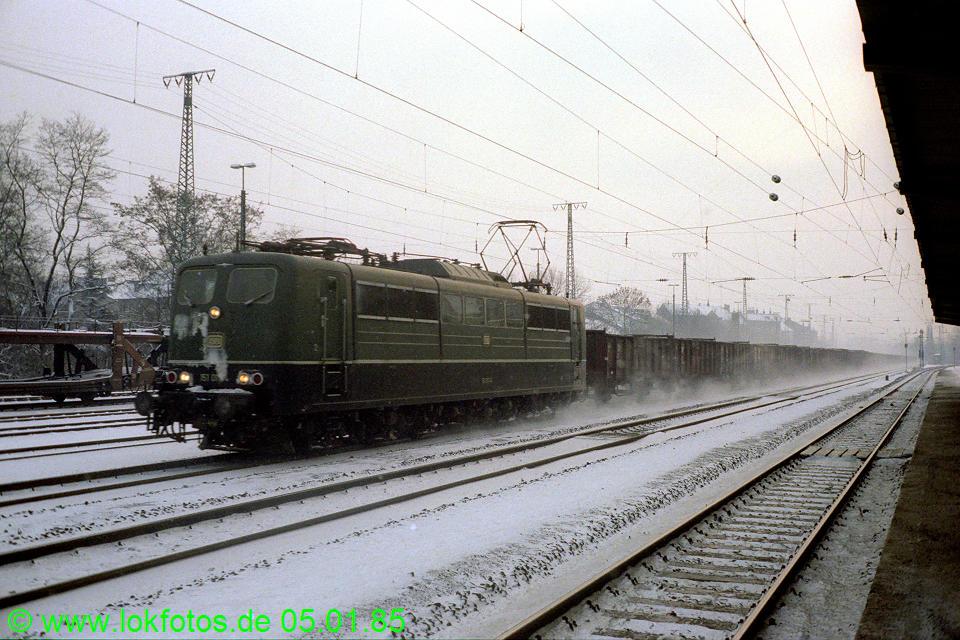 http://www.lokfotos.de/fotos/1985/0105/04434.jpg