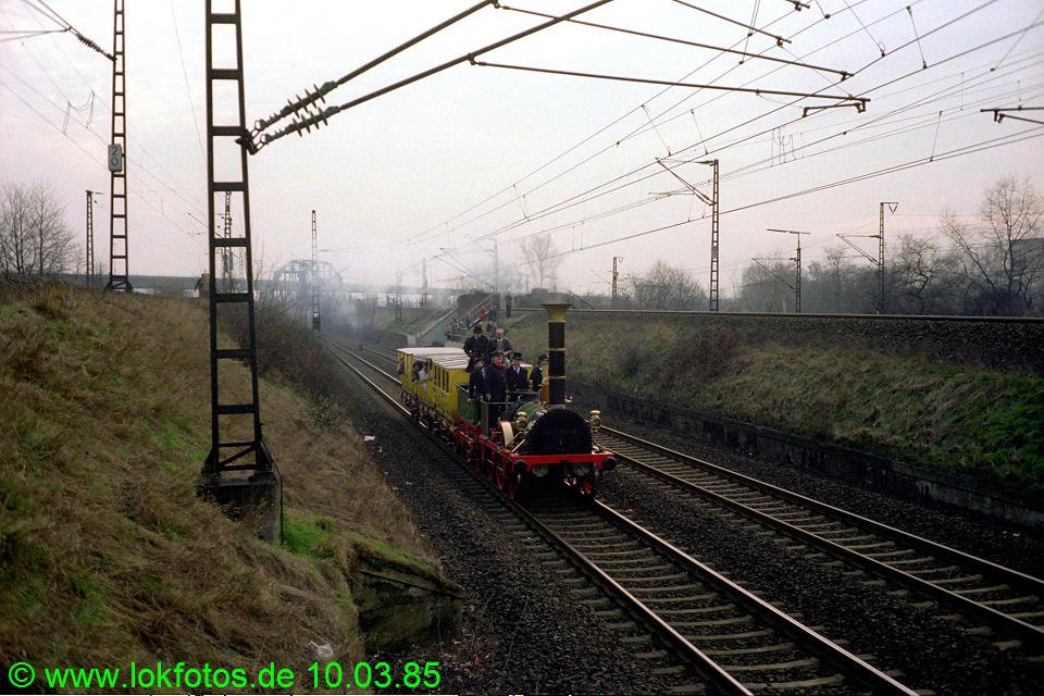 http://www.lokfotos.de/fotos/1985/0310/04462.jpg