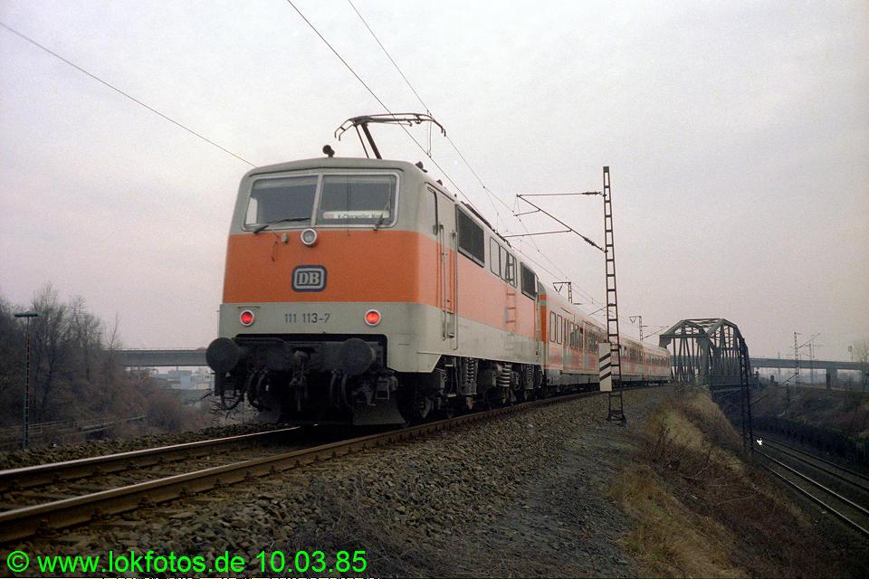 http://www.lokfotos.de/fotos/1985/0310/04463.jpg