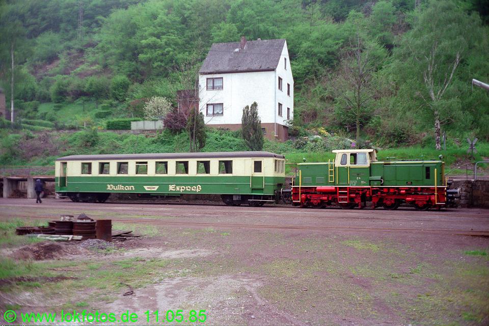 http://www.lokfotos.de/fotos/1985/0511/04566.jpg