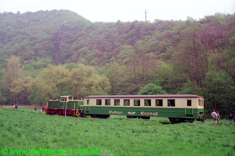 http://www.lokfotos.de/fotos/1985/0511/04571.jpg