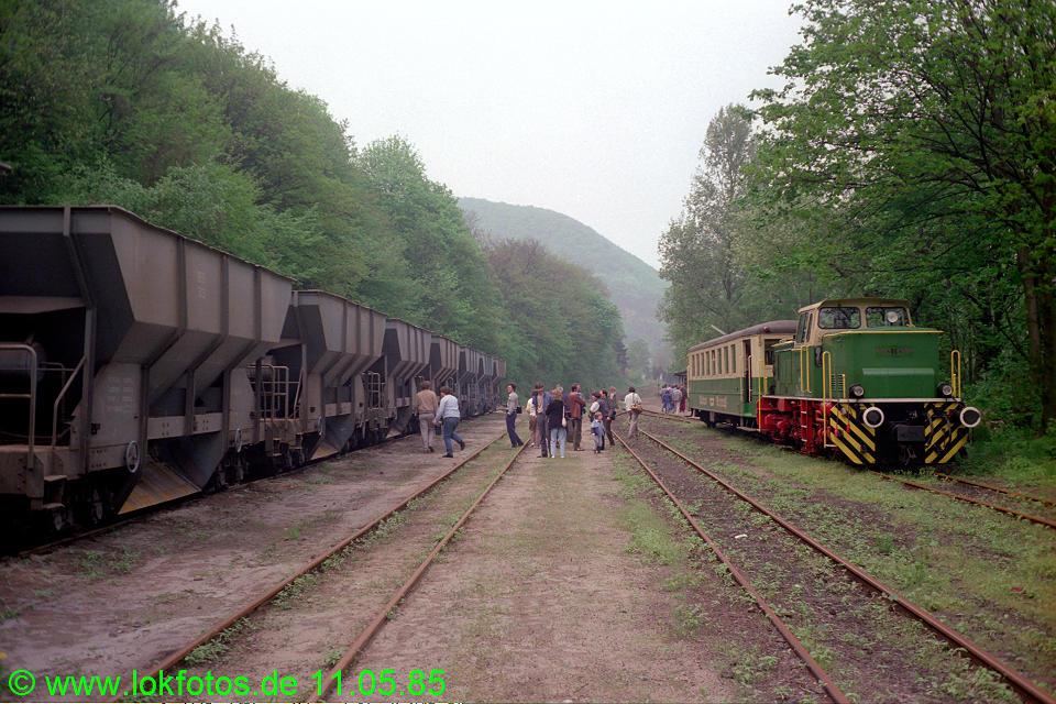 http://www.lokfotos.de/fotos/1985/0511/04581.jpg