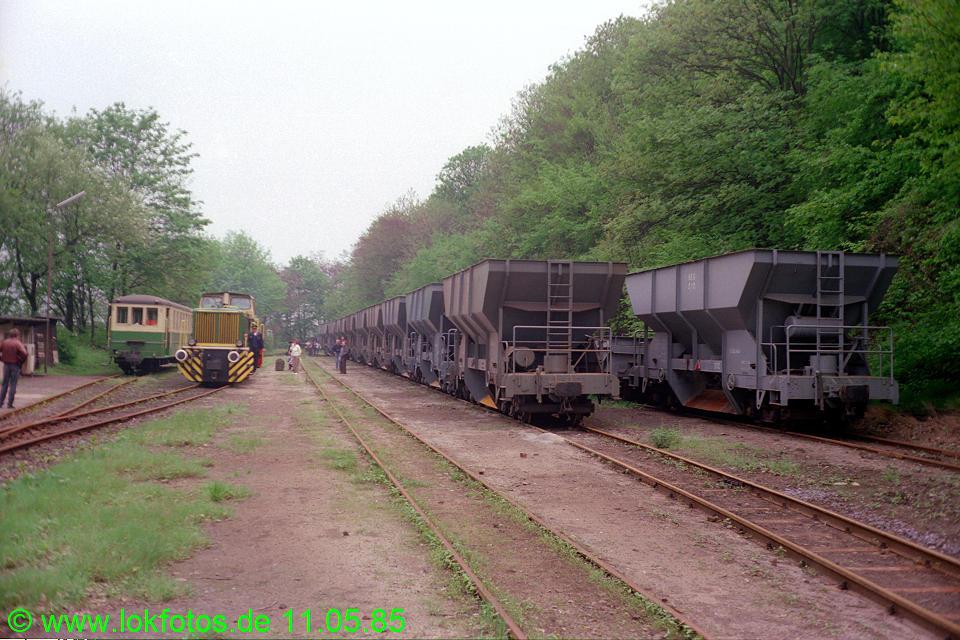 http://www.lokfotos.de/fotos/1985/0511/04582.jpg