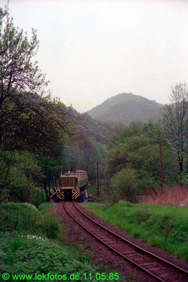 http://www.lokfotos.de/fotos/1985/0511/04583.jpg