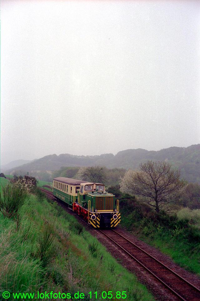 http://www.lokfotos.de/fotos/1985/0511/04586.jpg