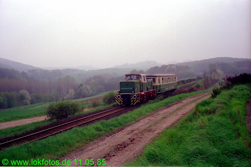 http://www.lokfotos.de/fotos/1985/0511/04592.jpg