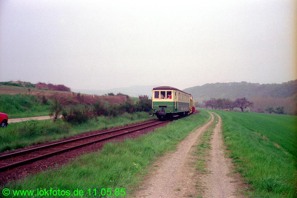 http://www.lokfotos.de/fotos/1985/0511/04593.jpg