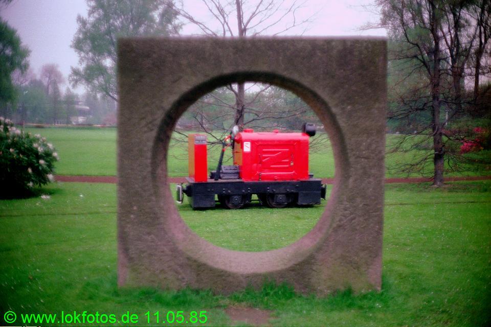 http://www.lokfotos.de/fotos/1985/0511/04597.jpg