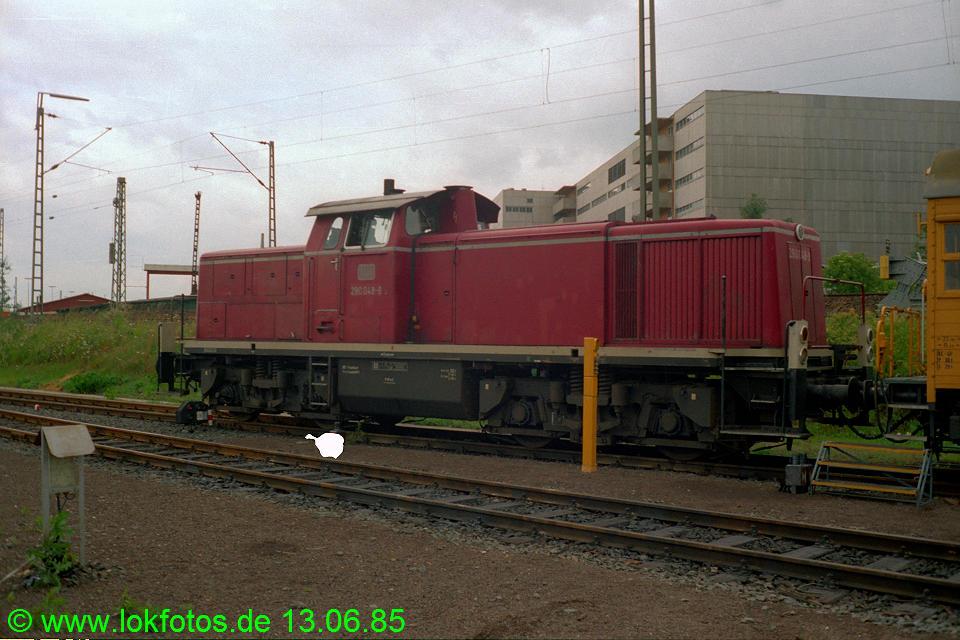 http://www.lokfotos.de/fotos/1985/0613/04623.jpg