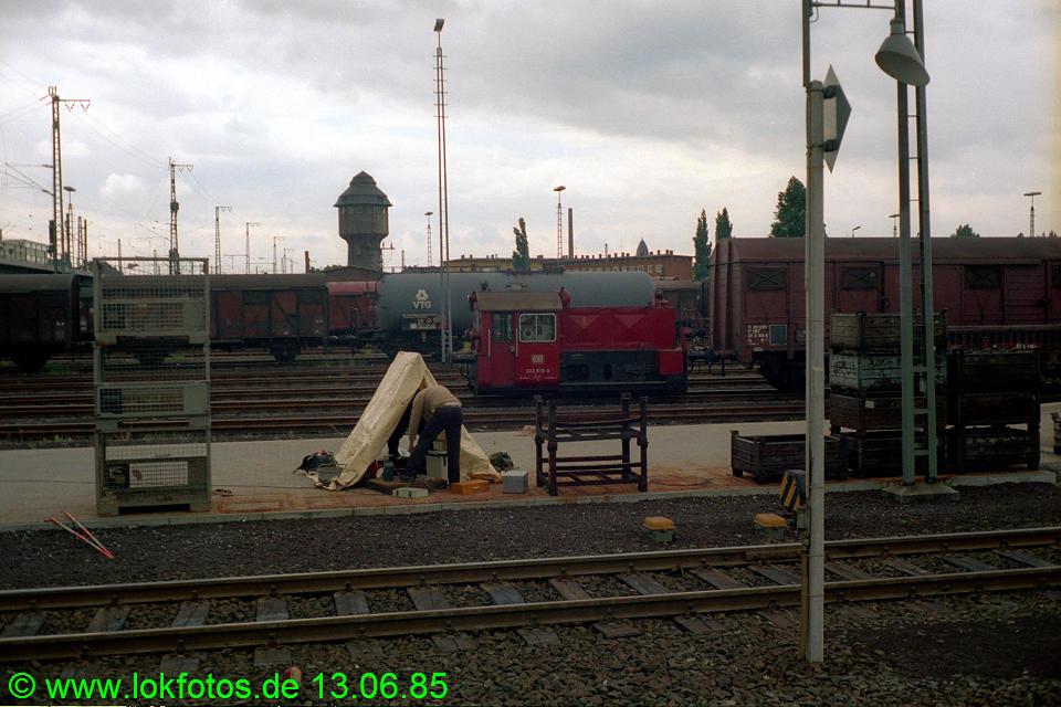 http://www.lokfotos.de/fotos/1985/0613/04638.jpg