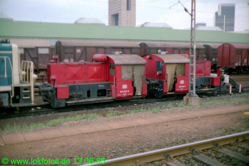 http://www.lokfotos.de/fotos/1985/0613/04643.jpg
