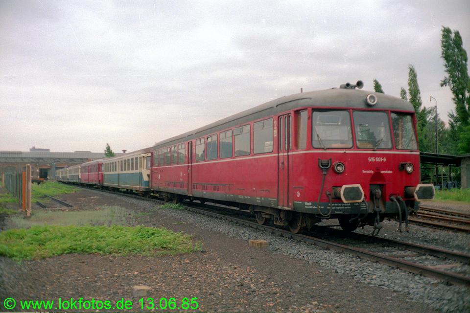 http://www.lokfotos.de/fotos/1985/0613/04653.jpg