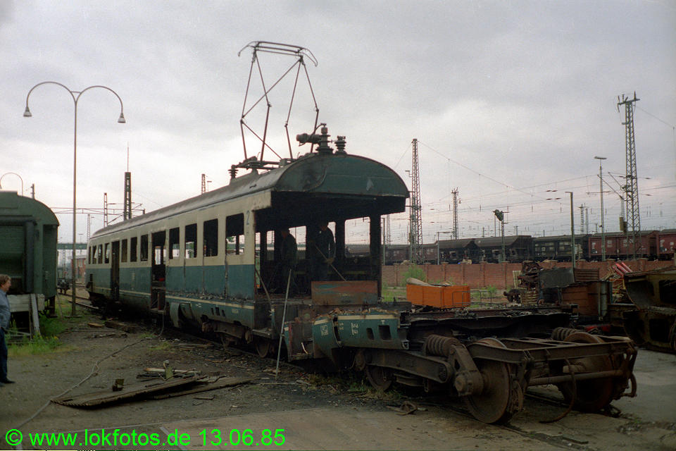 http://www.lokfotos.de/fotos/1985/0613/04656.jpg