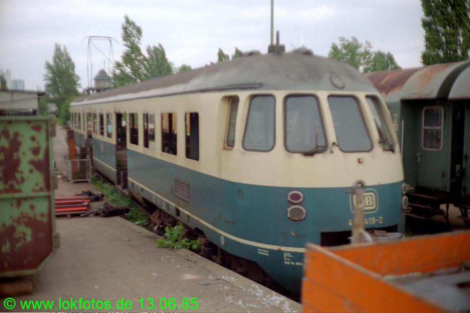 http://www.lokfotos.de/fotos/1985/0613/04657.jpg