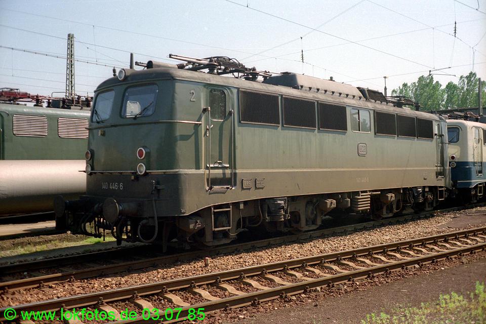 http://www.lokfotos.de/fotos/1985/0703/04689.jpg
