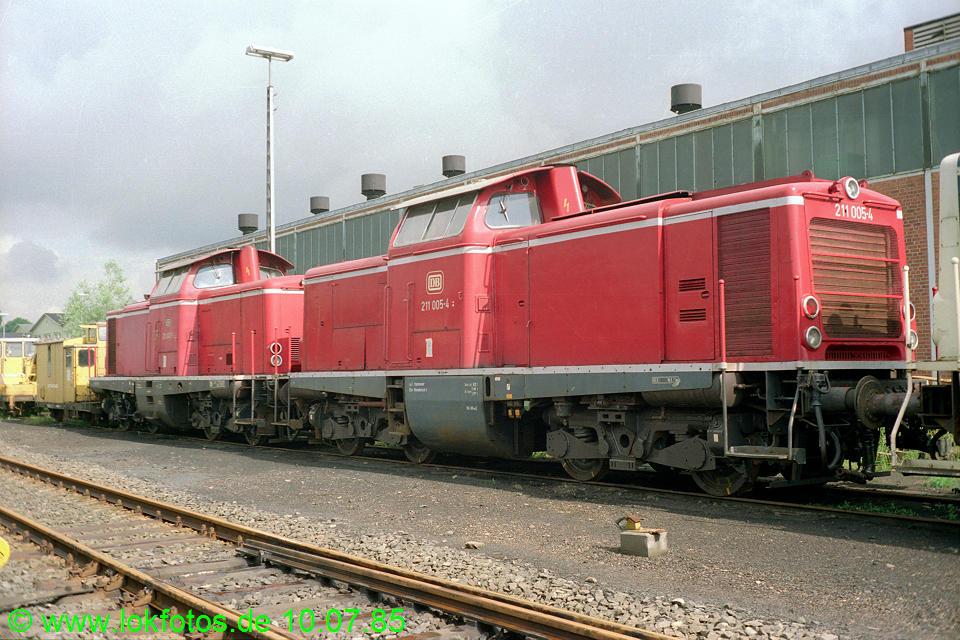 http://www.lokfotos.de/fotos/1985/0710/04851.jpg