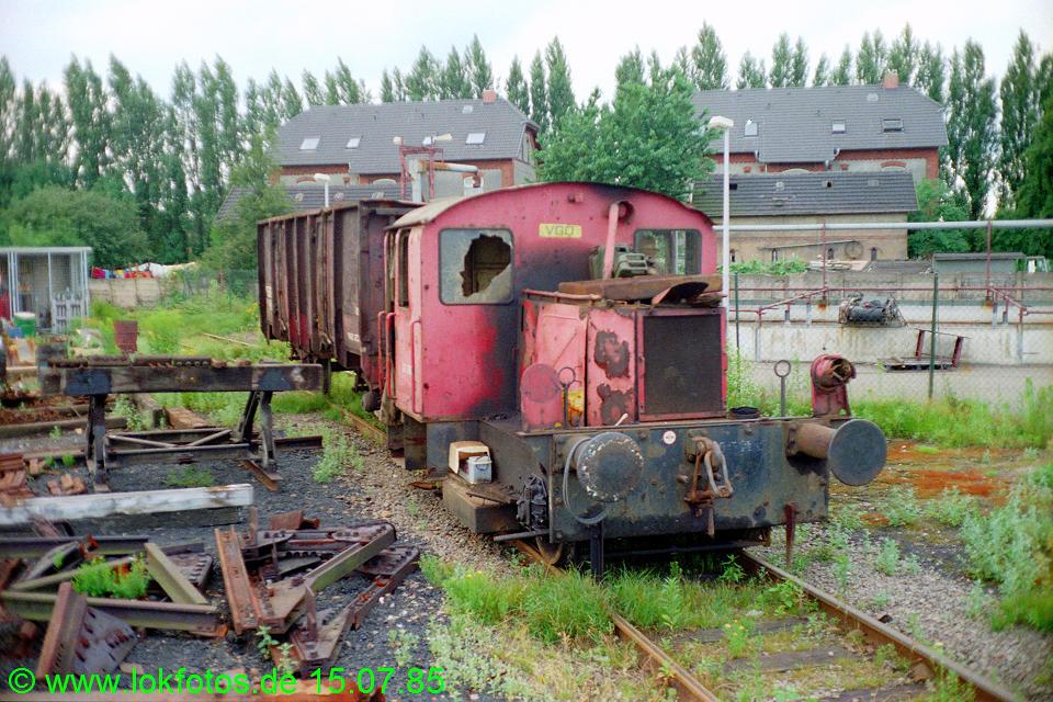 http://www.lokfotos.de/fotos/1985/0715/04979.jpg