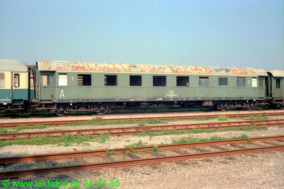 http://www.lokfotos.de/fotos/1985/0724/05116.jpg