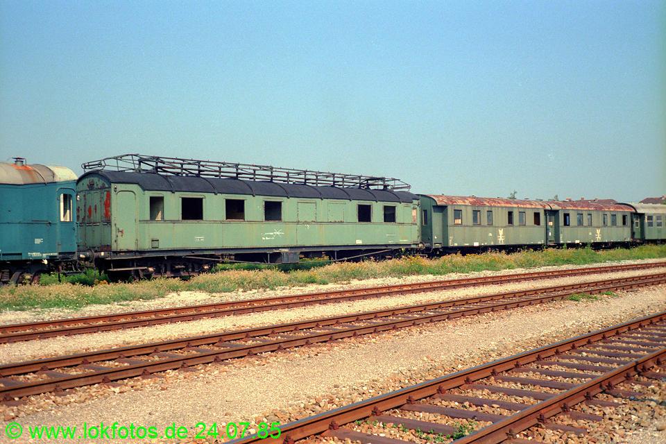 http://www.lokfotos.de/fotos/1985/0724/05117.jpg