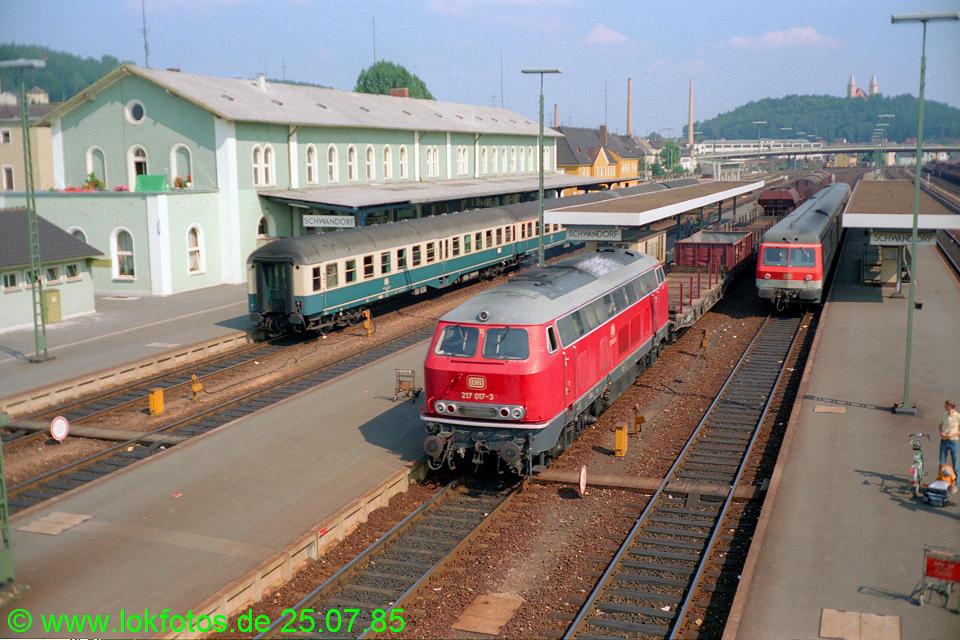http://www.lokfotos.de/fotos/1985/0725/05183.jpg