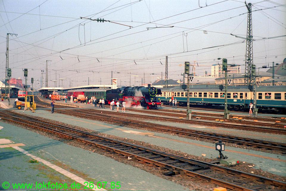 http://www.lokfotos.de/fotos/1985/0726/05206.jpg
