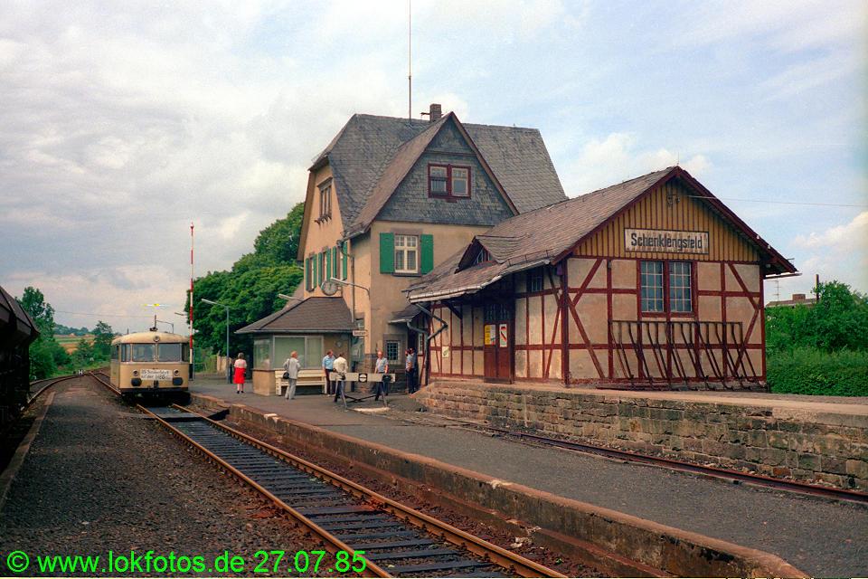 http://www.lokfotos.de/fotos/1985/0727/05220.jpg