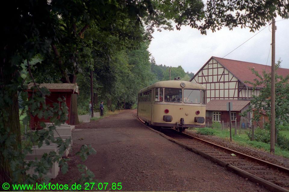 http://www.lokfotos.de/fotos/1985/0727/05238.jpg