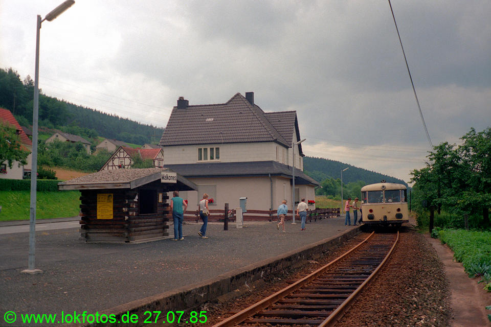 http://www.lokfotos.de/fotos/1985/0727/05240.jpg