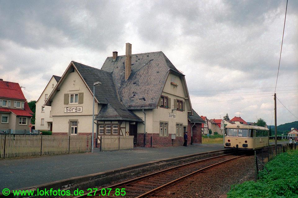 http://www.lokfotos.de/fotos/1985/0727/05241.jpg